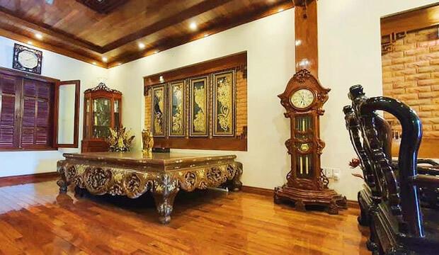 Bán nhà mặt phố Tràng Tiền 188m2 3 tầng mặt tiền 4.2m giá 169 tỷ