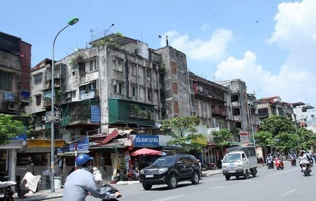 Bán nhà mặt phố Dịch Vọng, 59m2 6 tầng vị trí trung tâm, giá 8.2 tỷ